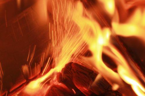 Ugnis, Medžio Ugnis, Angelai, Šiluma, Heiss, Prekinis Ženklas, Orkaitės Ugnis, Medienos Deginimo Krosnis, Liepsna, Radijas, Uždaryti, Iš Arti, Fonas, Tekstūra, Tekstūros, Židinys, Atvira Ugnis