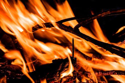 Ugnis,liepsna,mediena,estetinis,varžtas,deginti,prekinis ženklas,karštas,šiluma,angelai,švytėjimas,šviesus,deginimas,geltona,karščio banga,židinys,ugnis liepsna,medžio ugnis,blaze