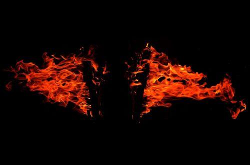 Ugnis,deginti,liepsna,karštas,šiluma,blaze,juoda,šviesa,švytėjimas,dūmai,liepsna,laužavietė,poveikis,galia,pavojus,sprogimas