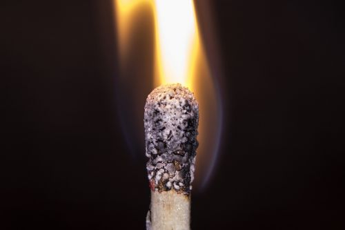 Ugnis,liepsna,deginti,makro,karštas,šiluma,prekinis ženklas,angelai,švytėjimas,šviesus,deginimas,rungtynės,mediena,karščio banga,medžio ugnis,ugnis liepsna,romantiškas,blaze,šviesa