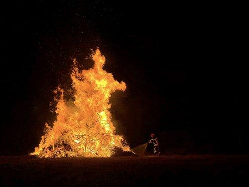 Ugnis, gaisrininkas, Išjunk, nudegimai, liepsnos, šilumos, ekrano užsklanda, Rugpjūtis 1, Nacionalinė šventė, Šveicarija, YK