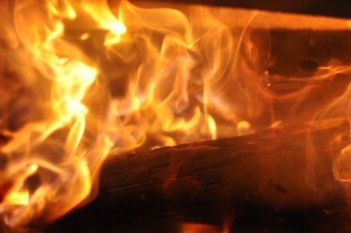 Ugnis,židinys,liepsna,mediena,deginti,atvira ugnis,blaze,šiluma,medžio ugnis,šiltas,jaukus,heiss,medis židiniams