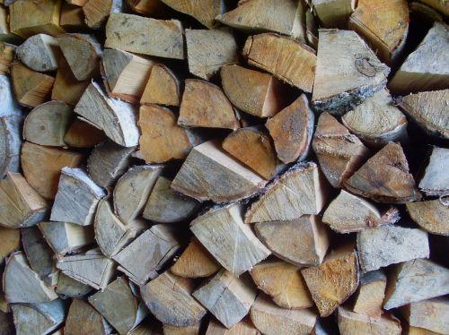 malkos,medžio drovnike,malkinės malkos