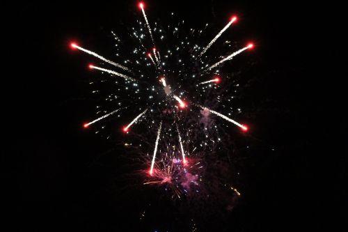 fejerverkai,sprogimas,šventė,festivalis,šventinis,šventinis,apšviestas,dangus,laimingas,sprogus,žėrintis,spindesys,sprogti,vakarėlis,įvykis,švesti,rodyti,Rodyti,žibintai,šviesus