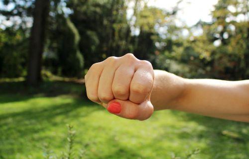 kumštis,pyktis,ranka,agresija,jėga,stiprus,Punch,galia,bump,kumštis,piktas,sprogimas,protestas,žmogus,ranka,kovoti,dramatiškas,gestas,ataka,smurtas,jėga,hit