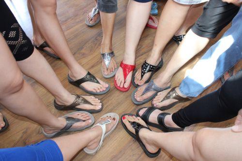 fitflop & nbsp, šlepetės, fitflop, šlepetės, pėdos, pėdos, nagai, toenails, sandalai, objektai, pirštas, Fitflop šlepetės