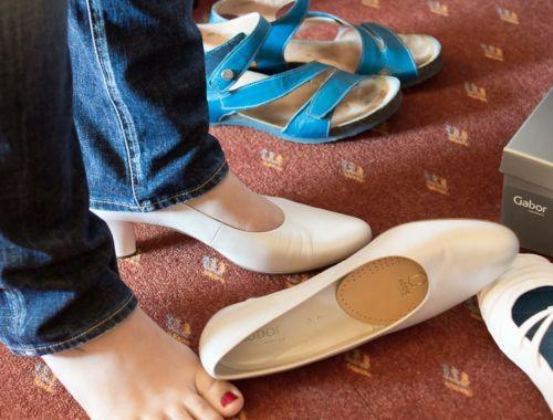 montavimas,batai,viršutinė,balta,batų montavimas,pėdos