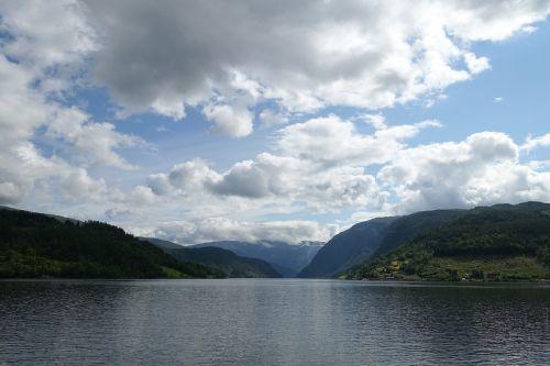 fjordas,Norvegija,Hardanger,ulvik,nordic,turizmas,kruizas,kraštovaizdis