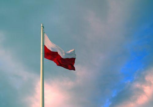 vėliava,Lenkija,lenkų vėliava,patriotizmas,tėvynė,Lenkijos vėliava,tauta,stiebu,šventė,lenkas