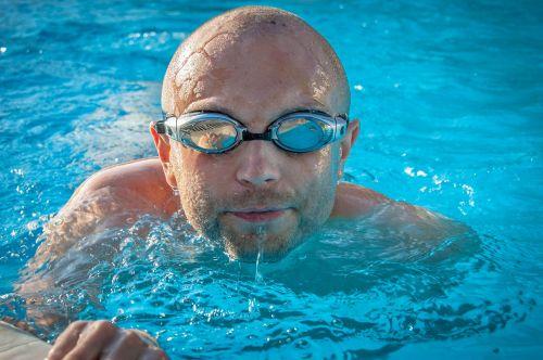 plūdė,baseinas,vanduo,plaukti