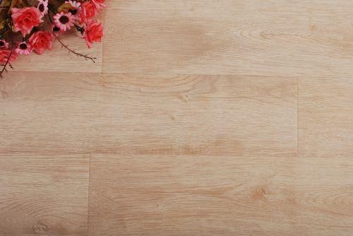 grindų danga,medžio grindys,kompozicinės grindys,medžio masyvo grindys
