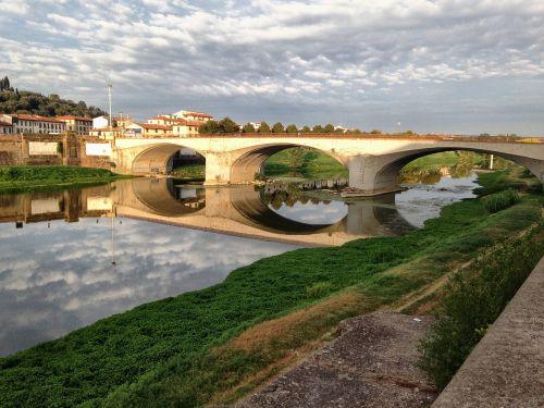 Florencija,lungarno,Florencija,tiltas,upė,arno,tiltai,vanduo,kraštovaizdis