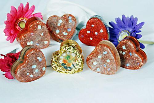 Daisy,akmuo,širdis,dekoruoti,gėlės,brangakmeniai,brangakmeniai