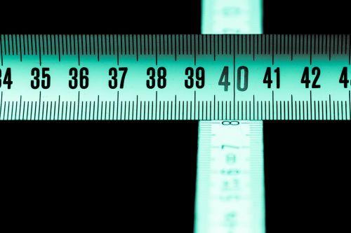 lankstymo taisyklė,valdovas,dof,lauko gylis,lauko gilumas,numeris,skaitmenų,priemonė,architektūra,architektas,amatų,statyba,statyti,tiksliai,atstumas,matematika,suskaičiuoti,kirsti,Ruletė,Uždaryti,makro,makro nuotrauka,datailaufnahme