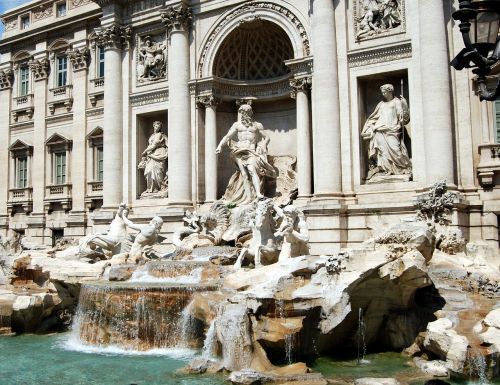 fontana di trevi,Roma,vanduo,statula