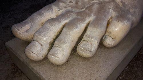 pėdos,dešimt,kojų nagai,statula,marmuras,skulptūra,trier,Kollossalstatue konstantinas,Vokietija,romėnų laikais,istoriškai,istorija,didelis,figūra,romėnų figūra,romėnų statula,kaiser therme trier