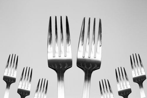 šakutė,indai,virtuvė,maistas,restoranas,peilis,vakarienė,nustatyti,virimo,virtuvės indai,plokštė,peilis ir šakutė,stalas,patiekalas,pietūs,šaukštas,dizainas,maistas,simbolis,pietauti,stalo įrankiai,Virtuvės indai,Meniu,maisto lėkštė,virtuvės įrankiai,valgymas,vakarienės lėkštė,indai,įrankis,metalas,juoda,įranga,maisto lėkštė,sidabro dirbiniai