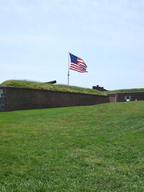 fort mchenry,mchenry,patranka,amerikietis,amerikietis,kolonistus,revoliucinis karas,senoji šlovė,vėliava,Amerikos vėliava,Liepos 4 d .,liepos 4 d .,liepos ketvirtoji,Nepriklausomybės diena,laisvė