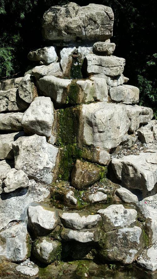 fontanas,vanduo,jėga,poilsis,nuotaika