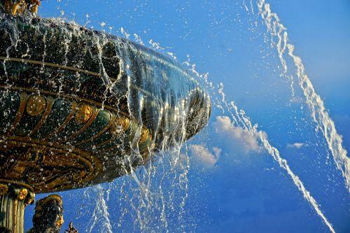 fontanas,vanduo,vandens funkcija,švirkšti,lašelinė,šlapias,mėlynas,france,auksas