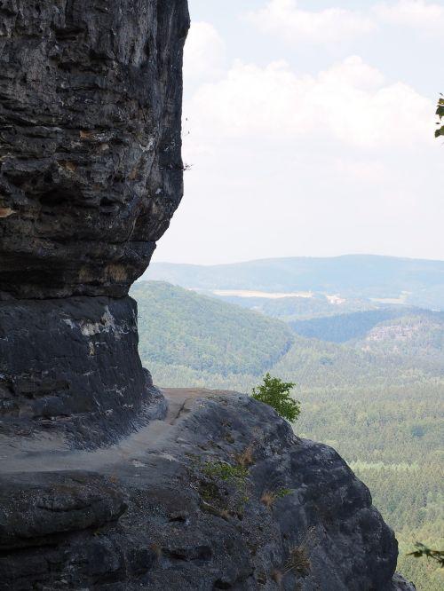 frienstein,kelias,takas,eksponuotos,idagrotte,elbe smiltainis,žygis,smiltainio uolienos,kraštovaizdis,akmens formavimas,žygiai,Rokas,Elbe smiltainio kalnai,smiltainio kalnas