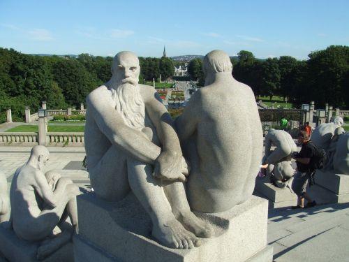 bausmė,frogner,frognerpark,vyrai,betonas,statula,rūgštus,parkas,emocija