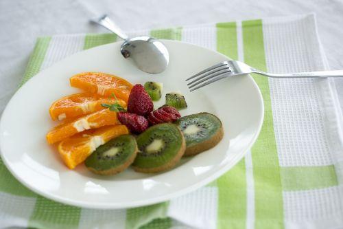 vaisiai,plokštė,patiekalas,užkandis,sveikas,šviežias,saldus,skanus,vegetariškas,mityba,ekologiškas,maistas,mityba,natūralus,restoranas,desertas,stalas,oranžinė,maisto lėkštė,valgymas,pietūs,žaliavinis,vakarienės lėkštė,maisto lėkštė