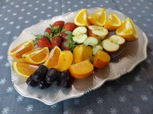 vaisiai,cilindras,drobė,stalas,spalvos