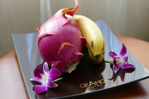 vaisiai,bananas,vaisiai,sveikas,vaisių dubuo,maistas,natiurmortas,vitaminai,orchidėja,vitaminhaltig,viešbutis,Drakono vaisius,pitahaya,Vietnamas