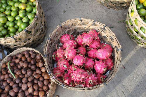 vaisiai,vaisiai,drakonai,drakonas,oranžinė,fotografija,paukščio akis,vegetariškas,žalia,švieži,raudona,spalvinga,vaisiai,drakonas,vaisių prekybininkai,vaisiai rinkoje,vaisius krepšelyje,vaisių krepšelyje,vaisių krepšelis,žievės vaisiai,citrusiniai vaisiai