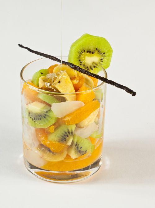 vaisiai,vaisių kokteilis,egzotiškas,kivi,vitaminai,mandarinas,oranžinė,bananas,skanus,kokteilis,vaisiai
