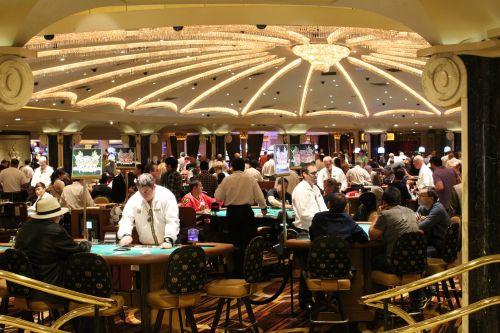 azartiniai lošimai,ruletė,kazino,lošti,pinigai,vegas,jackpota,pokeris,lažybos,Las Vegasas