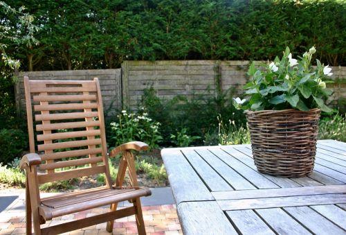 sodas,sodo baldai,sodo stalas,apdaila,sodo kėdė,atsigavimas,stalas,sėdynė,pertrauka,baldai,out,kėdė,atsipalaidavimas,poilsis,sodo kėdės,sėdimoji vieta,sodo dizainas