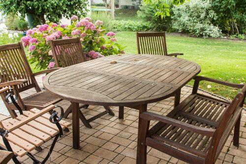 sodas,sodo baldai,sėdėti,stalas,sodo kėdės,idiliškas,gėlės,atsipalaidavimas,poilsio vieta,sodo dizainas