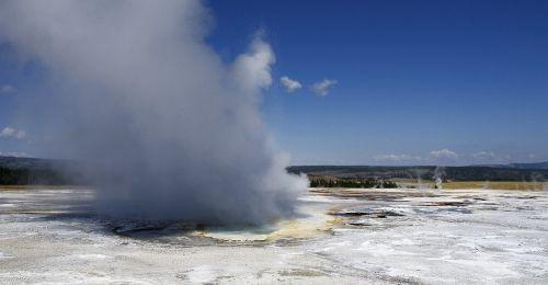 geizeris,geltonojo akmens nacionalinis parkas,Vajomingas,usa,kraštovaizdis,vulkaninis,karštas,dūmai,peizažas,gamta