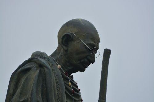 gandhi,statula,Indija,gandhi,lyderis,orientyras,vyras,paminklas,skulptūra,mahatma,žinomas,parkas,istorinis,paminklas,svetainė