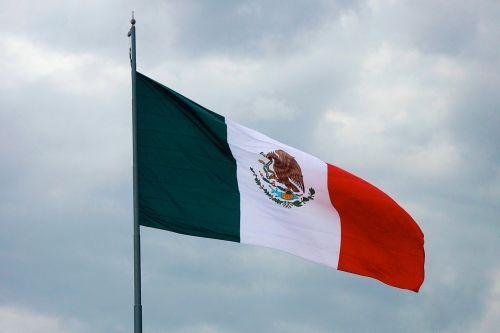 didelis, didelis & nbsp, vėliava, miestas, žalias, didelis, didelis, Latino, Latino & nbsp, pasididžiavimas, meksikietiška & nbsp, vėliava, Meksikos & nbsp, pasididžiavimas, meksikietiškasis & nbsp, simbolis, Meksika, Meksika & nbsp, miestas, nacionalizmas, patriotinis, pasididžiavimas, raudona, simbolis, plaukiojanti & nbsp, vėliava, balta, milžiniškos meksikietiškos vėliavos bangos