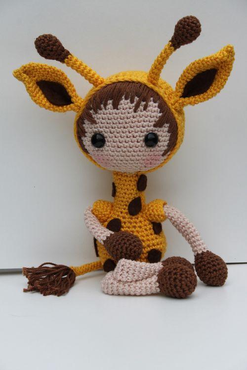 žirafa,nėrimo žirafa,nėrimo modelio žirafa,apkabinti,geltona,nėrimo,minkštas žaislas