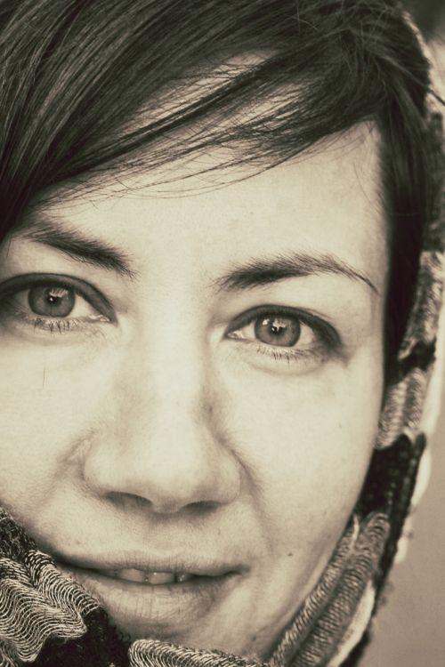 mergaitė,rusiška grožis,grožis,Natūralus grožis,be makiažo,savarankiškai,juoda ir balta nuotrauka