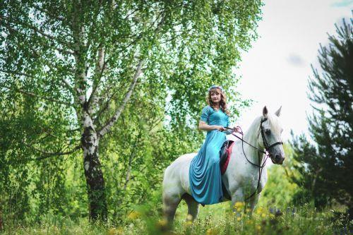 Mergina Su Arkliu, Arklys, Baltas Žirgas, Foto Sesija Su Arkliu, Lauke, Gyvoji Gamta