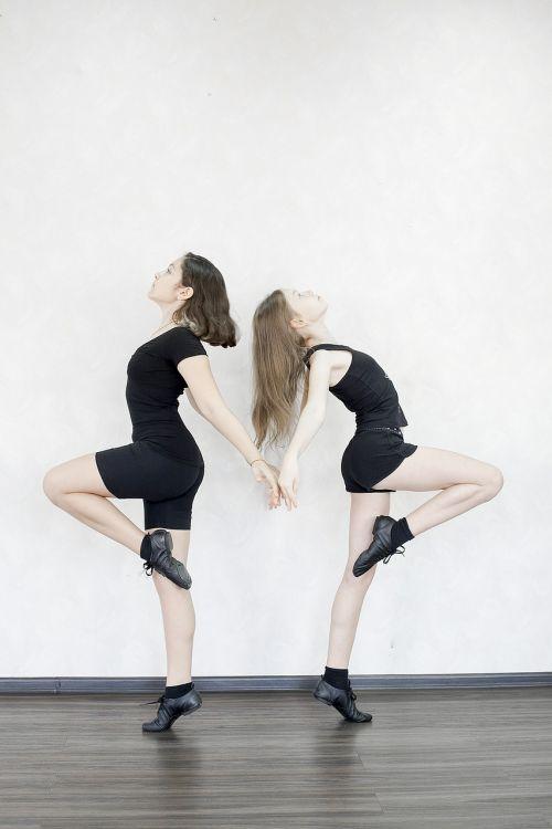 mergaitės, džiazo šokis, šokis, choreografija, salė, be honoraro mokesčio