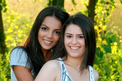 mergaitės, Draugystė, meilė, grožis, šypsena