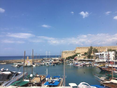 girne,kyrenia,Kipras,Šiaurės Kipras,uostas,uostas