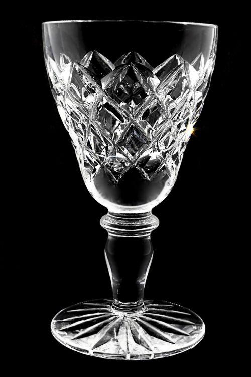 stiklas,alkoholis,retas,etilo alkoholis,fonas,škotų,gerti,skystas,ledas,detalus,objektas,oranžinė,atspindys,kulka,akmenys,škotų,žemas,juoda,kubas,prabanga,šaltas,kokteilis,alkoholikas,vakarėlis