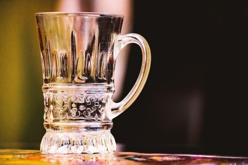stiklas,indai,stiklinė indai,restoranas,gerti,skystas,šviežias,skaidrus,gėrimų stiklas,klubo stiklas,vasara,kokteilis,baras,karališkas stiklas,puodelis,stiklinis puodelis