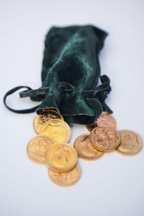 auksas, monetos, pinigai, gerovė