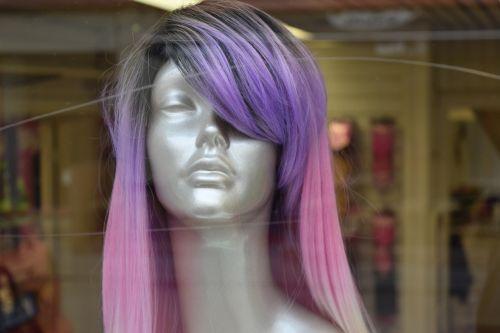 gothenburg,moteris,plaukai,ilgesys,manekenas,purpuriniai plaukai,rožiniai plaukai,apsipirkimo langas