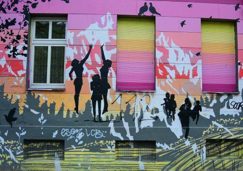 grafiti,gatvės menas,miesto menas,menas,purkštuvas,fjeras,Berlynas,kreuzberg,langas,spalvinga