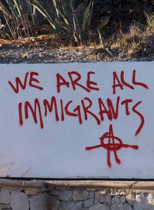 grafiti,trumpas,imigrantai,protestas,pabėgėliai