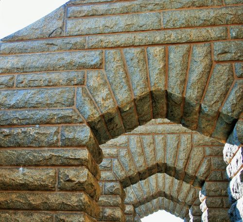 granito arkos,arkos,mūrinis mūras,granitas,takas,koridorius,eksterjeras,balkonas